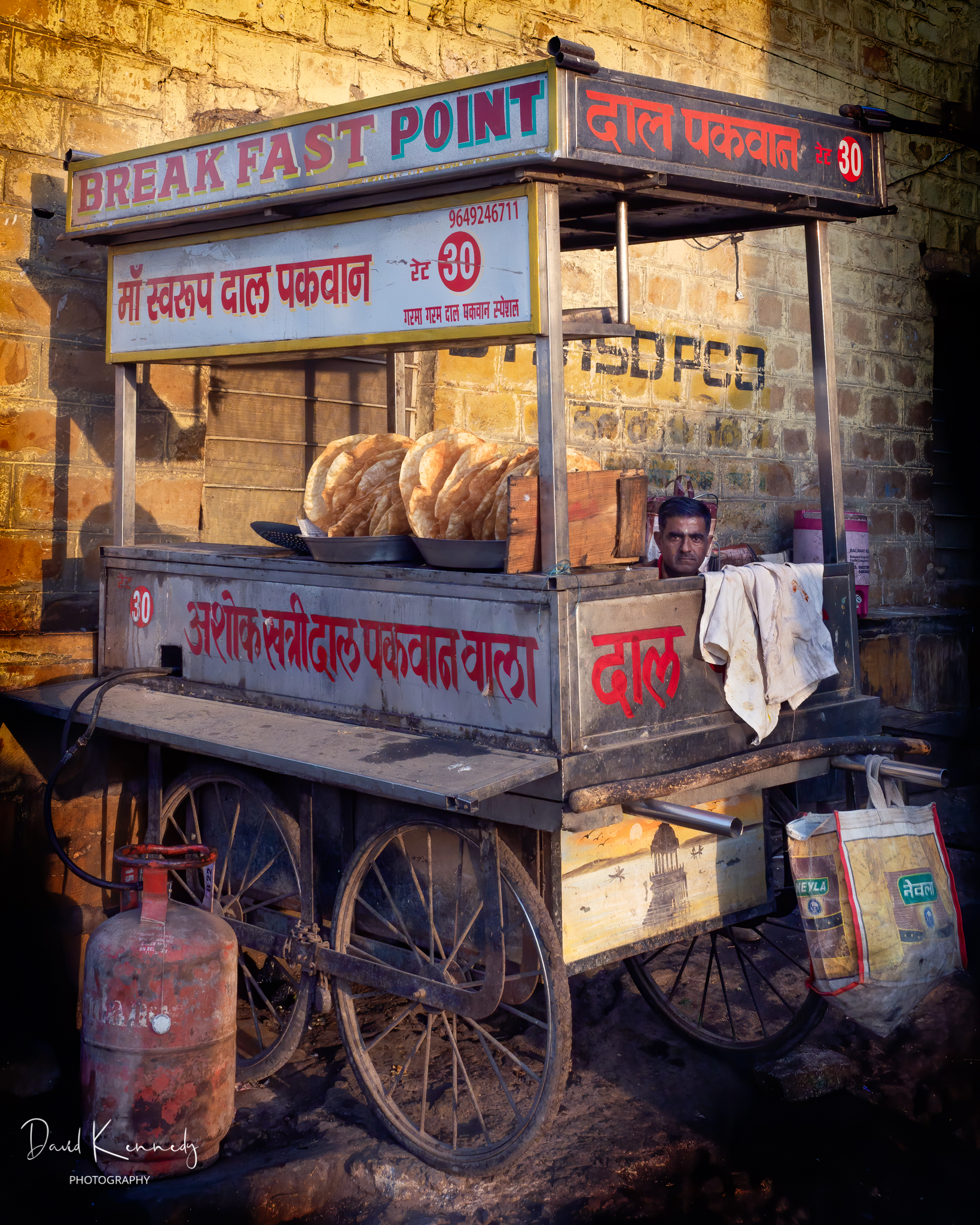 Street stall selling breakfast food in India